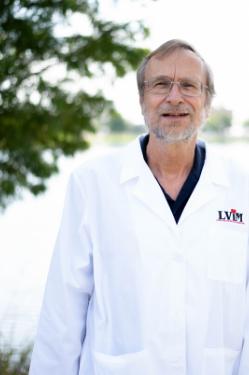 Dr. Fred Schreiber